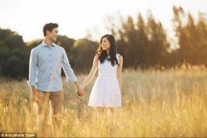 这位男子花了3年写14封情书,等到求婚当天,女友当场哭了