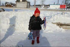 零下34℃,4歲女童為救祖母,走了8公里求援,回來時….