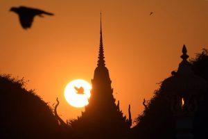 空拍柬埔寨皇宮 台遊客被捕沒收設備