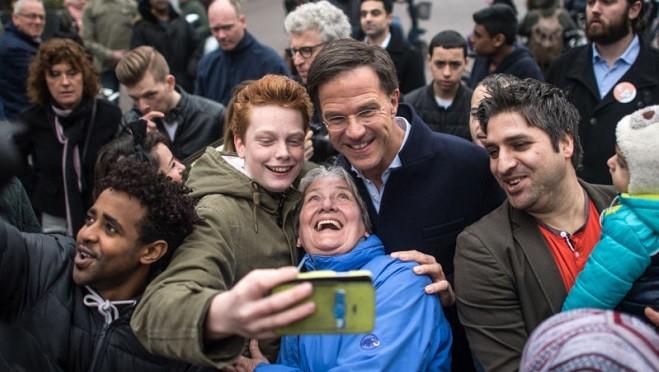 荷兰自民党赢得选举 外交突变强硬提形象 欧洲松口气