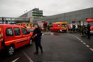 巴黎欧利机场军人武器遭窃 歹徒被击毙
