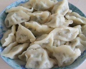 调韭菜馅3大妙招,包饺子时不出水,煮熟后鲜美多汁!
