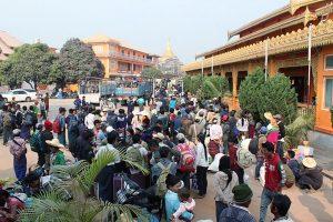 緬北打工遇戰亂 33陸民徒步8小時回國