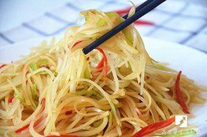 大廚不外傳秘訣 「酸辣土豆絲」這樣做才最好吃!