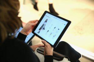 蘋果推新版9.7英寸iPad 起價僅329美元