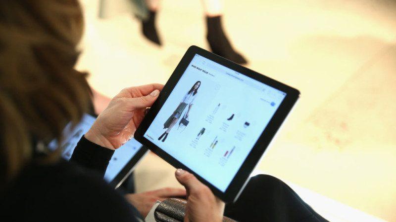 苹果推新版9.7英寸iPad 起价仅329美元