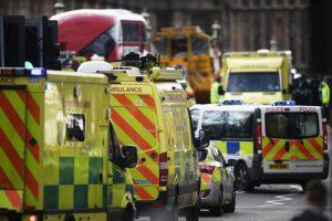 伦敦恐袭现场视频曝光 目击者回顾惊魂一刻
