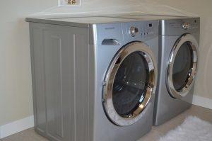衣服愈洗愈臭,原来是洗衣机内污垢太多了,教你轻松除垢!