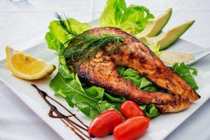 震驚!口感鮮美的這種魚,是市民餐桌上的高檔菜,但真相是連養殖戶都不敢吃!(視頻)