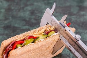 十件让人感觉非常健康的食品 可能完全不健康