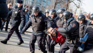 抗议政府贪腐 俄罗斯爆发示威活动逾700人被捕