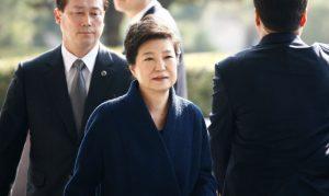 为免沦为阶下囚 朴槿惠明天亲自出庭受审