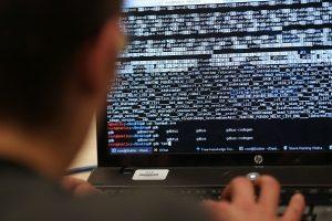 萨德风波继续升级 韩外交部称遭来自中方网路攻击