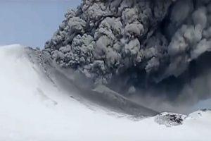 出乎意料!俄沉寂250年火山突然爆发
