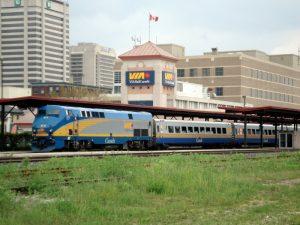 加拿大150岁 年轻人7月可150元坐火车逛遍全国