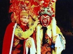 """林辉:""""美猴王""""父亲钻狗洞伯父被摧残致死"""