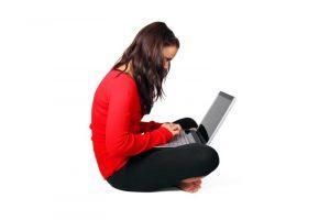 孩子們使用網路在做啥? 調查結果讓大人驚呆