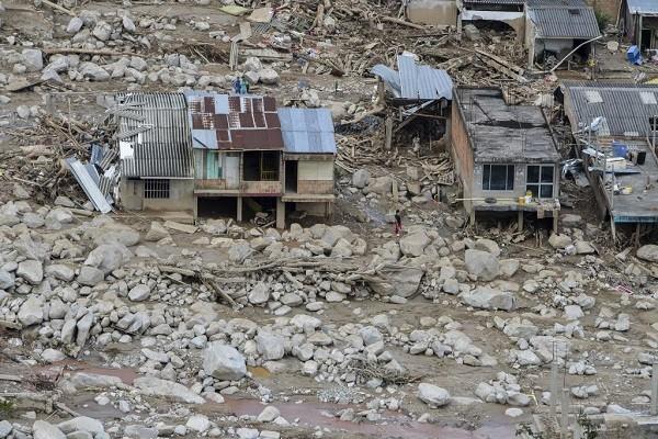 哥倫比亞土石流死亡攀升至273人 挖到嬰兒小手災民心痛