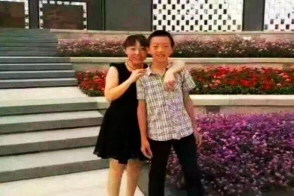 """赵鑫""""堕楼""""案扑朔迷离 医生发现重大疑点"""
