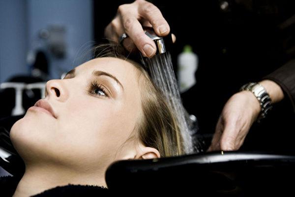 幾乎所有人洗髮順序都錯了?這樣洗頭髮會大改觀!