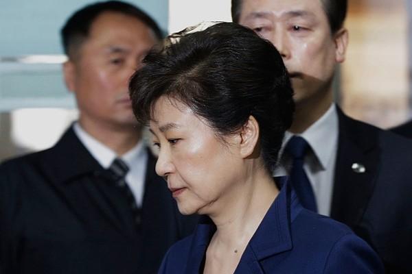 朴槿惠禍不單行   在拘留所內又「犯事」了