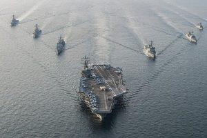 战云密布 美军3艘航空母舰移师朝鲜半岛