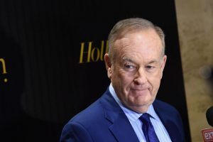 福克斯老牌主持被停播 自辯: 未有性騷擾