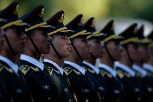 港媒:陸軍整編新番號  打亂派系清除「老首長」影響