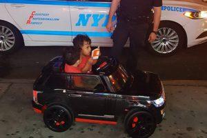 這事只能發生在紐約 雙胞胎小兄弟吃罰單 反應超乎你想像