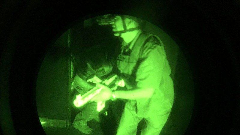 突袭索马利亚好战分子 美海豹部队1死