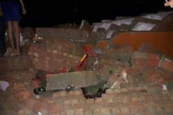 喜事变丧事 印度婚礼会场墙面倒塌23人死