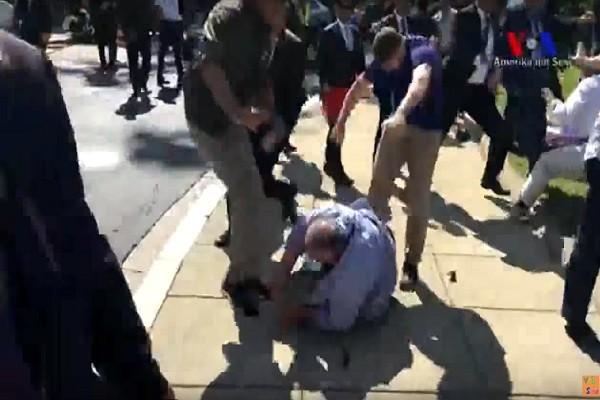 土耳其总统访美 保镳对示威民众拳打脚踢(视频)