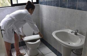 """厕所千万不要再放""""这一物""""了,很容易得肺癌的!90%的人家中都有!"""
