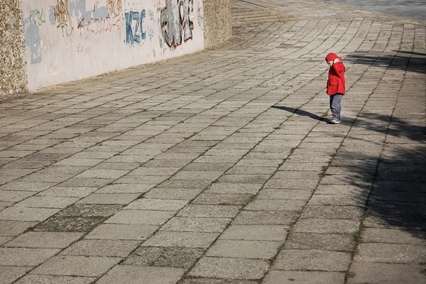 虐童案頻發  滬幼稚園老師端熱鍋敲打幼童
