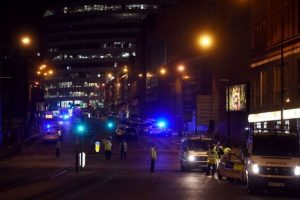 英演唱会爆炸攻击者亡 警调查是否为单独犯案