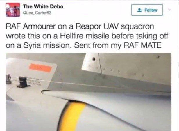 """英空军轰炸IS 炸弹写 """"来自曼彻斯特的爱"""""""