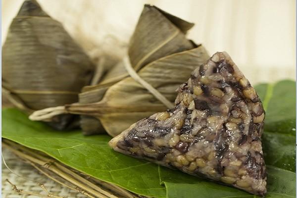 五穀米養生粽藏危機 部份族群吃粽要注意
