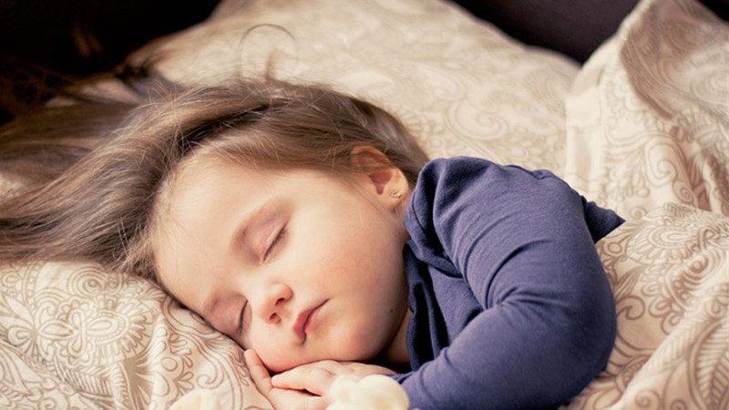 睡覺姿勢竟能造成老年痴呆!現在知道還不晚