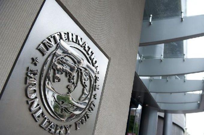 """国际货币基金组织警告加国:房市面临""""重大""""风险"""