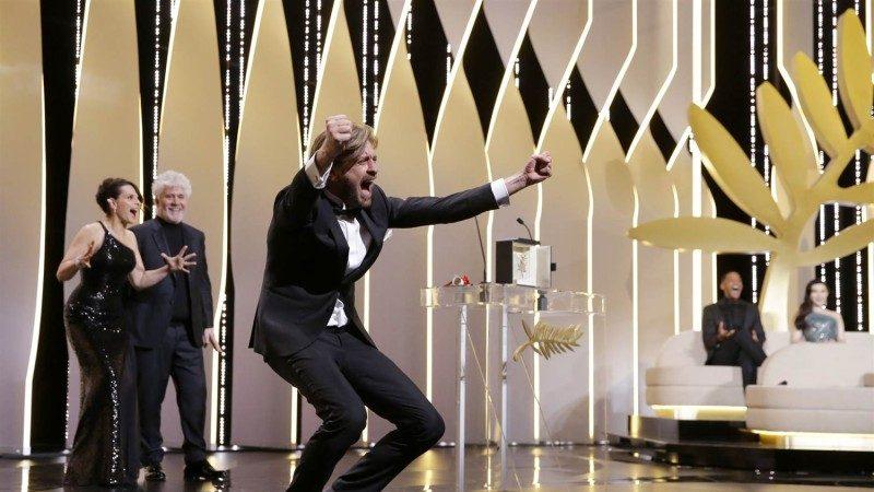 瑞典电影《广场》首拿金棕榈奖  导演激动模仿人猿跳跃