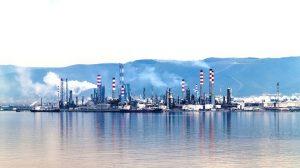 中东5国与卡塔尔断交 全球油价上涨