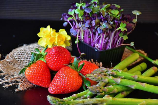 去除果蔬残留农药 哪些方法才靠谱?区分种类 这样做才安心