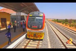 """肯尼亚花40亿建铁路 向中国贷款90% 民惊呼""""疯了"""""""
