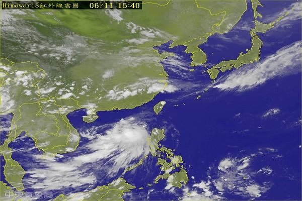 第2號颱風「莫柏」形成 進逼廣東 影響港澳