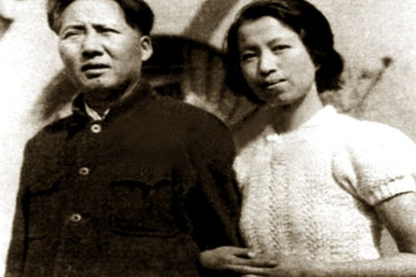 中共女官辛酸情史:组织强配老红军 曾被打断腿