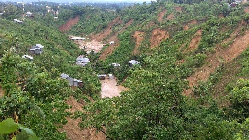 暴雨釀泥石流 孟加拉逾130死 多人夢中遭活埋