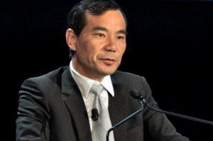 港媒:吴小晖联姻邓家有特殊动机  海外转移千亿资产被盯上