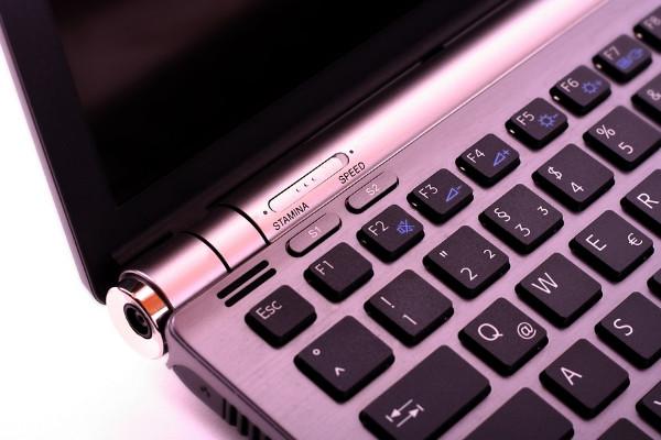 電腦鍵盤最上面的F1~F12到底是幹什麼用的?終於有答案了!
