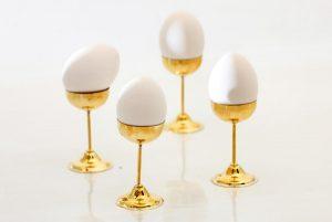 """她把""""十颗鸡蛋""""变成""""一根鸡蛋""""!如何做到的?(视频)"""