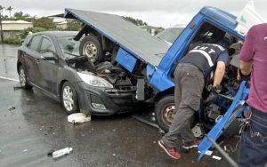 嘉義3車追撞 客車衝進貨車車底7人傷